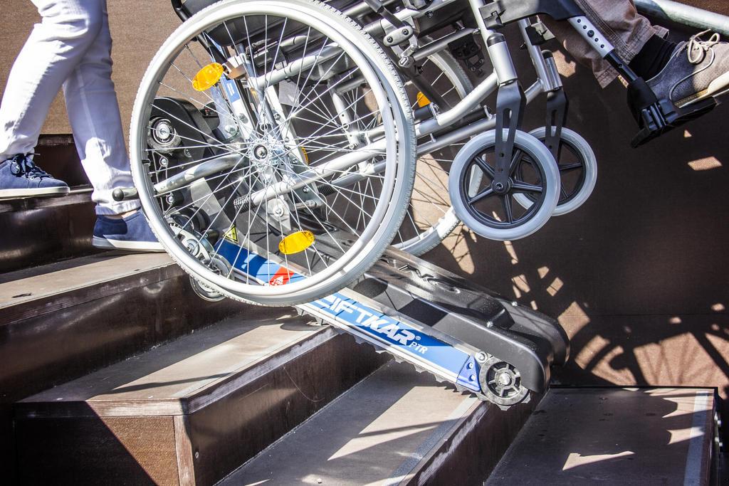 Mobilitäts- & Gehhilfen Beauty & Gesundheit Ehrlichkeit Rollstuhllift Fahrstuhl Plattformlift Treppenlift Rollstuhl HebebÜhne Lift